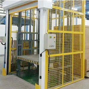 Rail type hydraulic lifting freight elevator